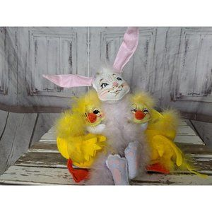 Annalee Holiday - Vintage Annalee 2006 Easter Trio Rabbit and Two Du